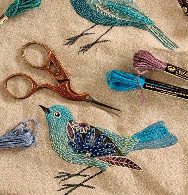 Rengârenk iplerden işleyeceğiniz kuşlar, dekorasyonlarınıza dört mevsim baharı taşıyacak. #hobisanat #hobisanatcom #hobi #sanat #elemeği #kendinyap #elişi #ip #rengarenk #dekupaj #tasarım #dekoratif #dekoratifaksesuar #obje #evimiçin #evedair #evdekorasyonu #evveyasam #elyapımı #yaratıcı #evhanımları #hanımlar #keşfet #onlinealışveriş