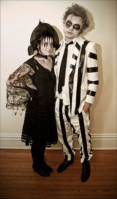 12 best halloween images on pinterest costume ideas carnivals and lydia deetz and beetlejuice costumes looks like the dude took a white suit and black duct halloween projectsdiy solutioingenieria Choice Image
