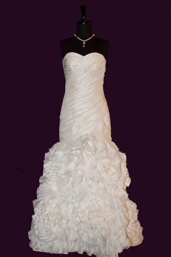 petite wedding dresses - you should take a look at this site
