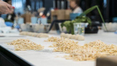 VIVE Cooking School | Nourish Inspire Share - Team Building