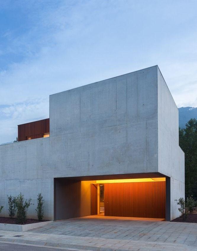 Bitten House / arnau estudi d'arquitectura