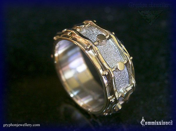 A snare drum wedding ring