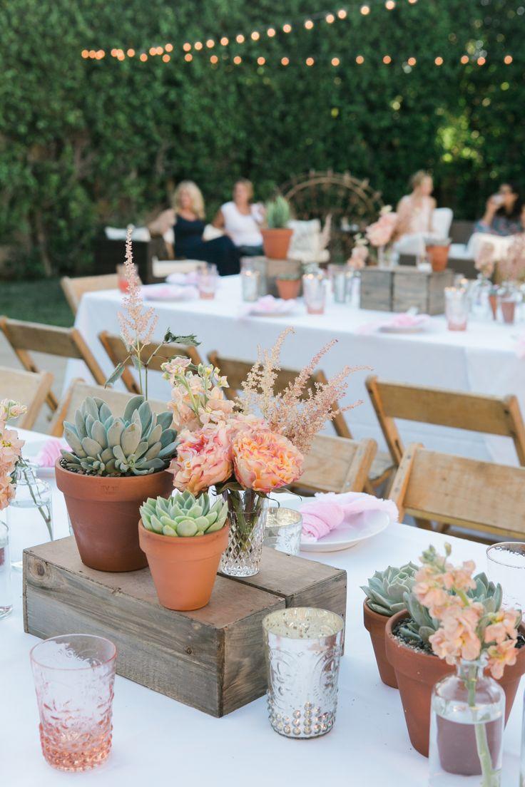 17 best ideas about succulent table decor on pinterest tablescapes succulent wedding - Decoration baby shower fait maison ...