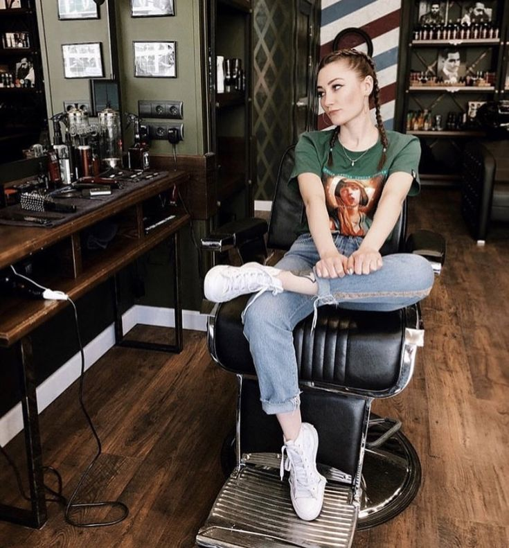 Busty barber shop girl