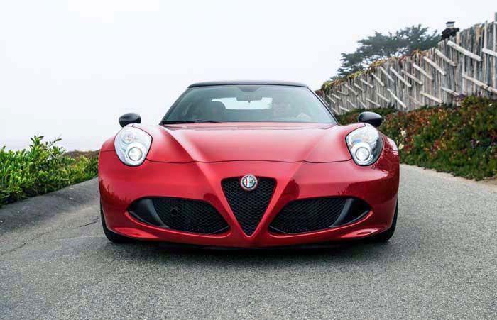 2018 Alfa Romeo 4C Spider overview