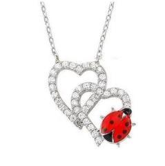 Çift Kalp Üzerinde Uğur Böceği Kalpli Taşlı Gümüş Kolye