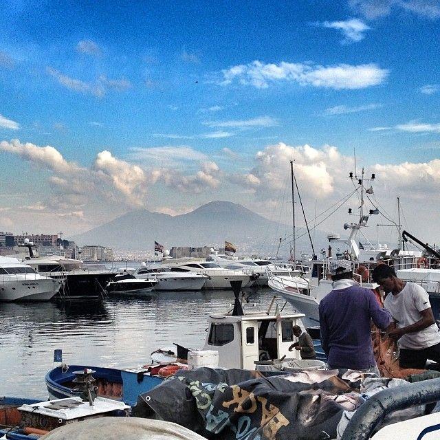 Mergellina (in napoletano Margellìna) è una zona della città di Napoli, nel quartiere Chiaia, costituita da due strade, via Caracciolo e via Partenope, che formano il lungomare di Napoli (3,2 km).