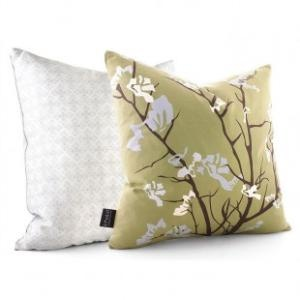 ooo for my new green room!: Guest Bedrooms, Sky Pillows, Ailanthus Throw, Throw Pillows, Decor Pillows, Ailanthus Su, Inhabit Ailanthus, Green Rooms, Bedrooms Products