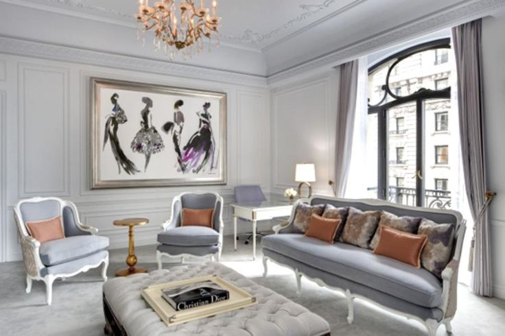 Dior Suite, The St. Regis New York The glam Dior Suite at The St. Regis New York features the iconic Dior palette of warm grays, subtle pinks and soft whites throughout. The living room's high ceilings, crown moldings, wainscoting and ornate crystal chandelier were chosen to evoke Christian Dior's Avenue Montaigne headquarters in Paris.
