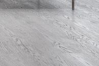 I løpet av 2012 vil Gulvdeal være den største nettbutikken på gulv i Norge. Vi tror hovedgrunnene til det – ved siden av de svært lave prisene, er at vi selger anerkjent kvalitetsparkett fra trygge og kjente produsenter eller fabrikker. Grunnen til at vi kan være så mye billigere enn konkurrende bedrifter, er fordi vi kjøper inn store partier rett fra produsent eller fabrikk. Da blir prisen VESENTLIG redusert, og i mange tilfeller kan vi nå selge parketten billigere ut til sluttkunde enn vi…