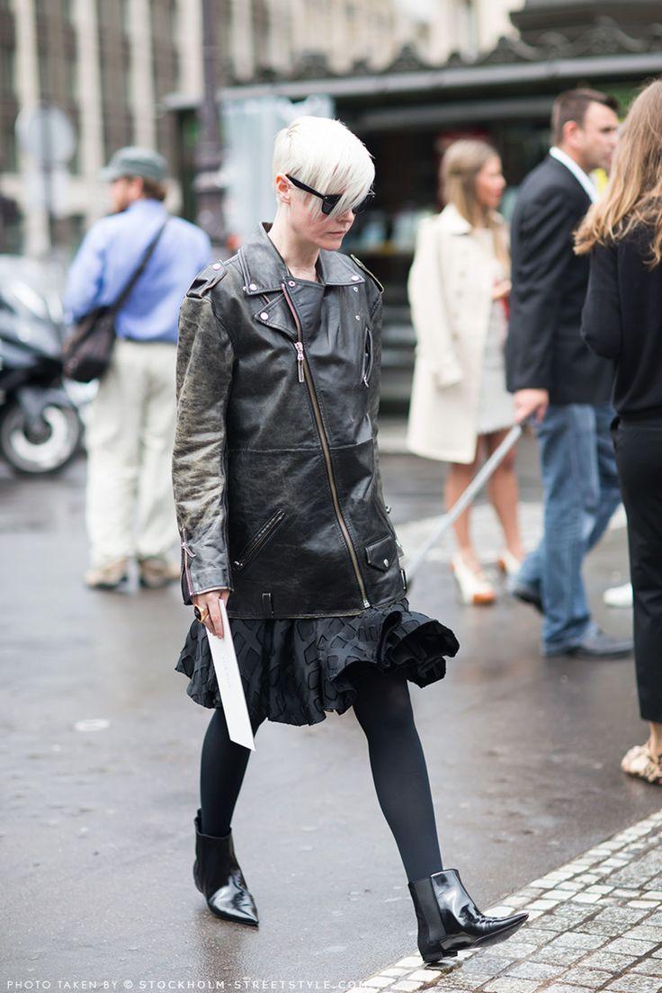 Kate Lanphear Biên tập viên phong cách của tạp chí Elle Mỹ luôn khiến giới mộ điệu xuýt xoa bởi style cá tính, không hề màu mè nhưng luôn sinh động, hiện đại.