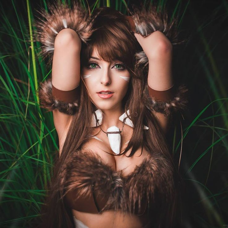 Anissa Cosplay Girls