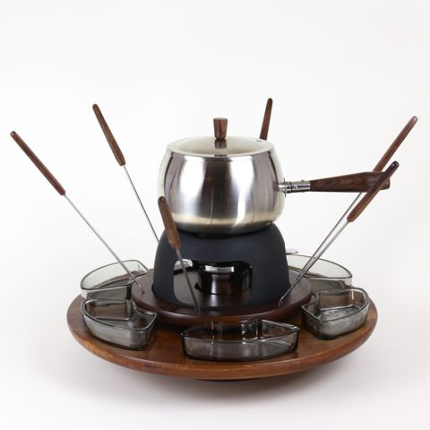 Lazy Susan Fondue Set in Chrome and Walnut – Audrey Would!