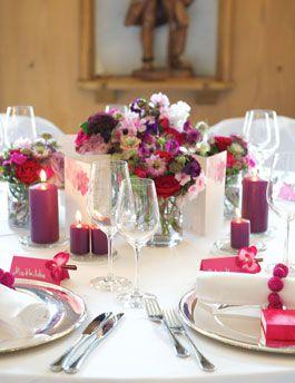 Tischdeko für die Hochzeit - Fuchsia und Beere