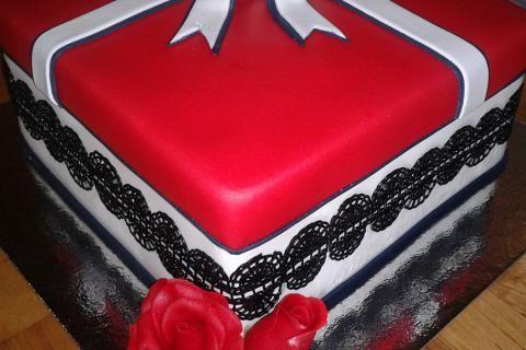 Jak udělat domácí fondán na dorty a zákusky | recept