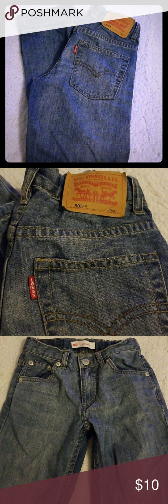 LEVIS 505 JEANS Fantastic jeans.  100% cotton. Adjustable elastic band on the inside.  No rips, holes or stains. Levi's Bottoms Jeans