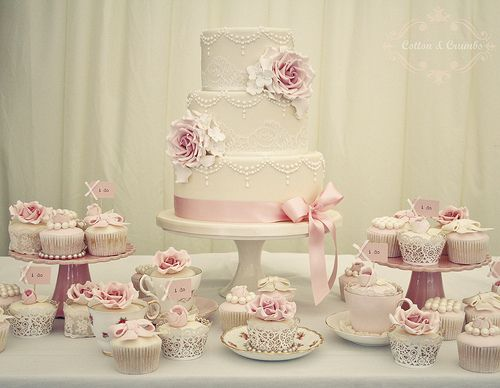 Vintage rose & pearl wedding cake