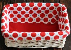15 Minute Basket Liner. A cute way to decorate a basket - choose a fun fabric, make several and swap out for holidays or seasons. #sewing