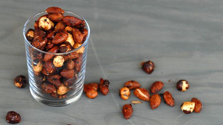Honningristede kryddernøtter. Foto: Lise von Krogh.