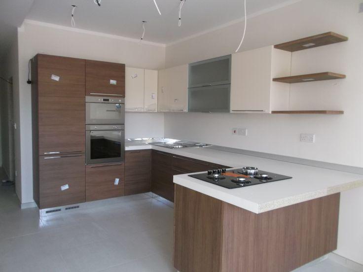 Voila: our beautiful kitchen :)))))