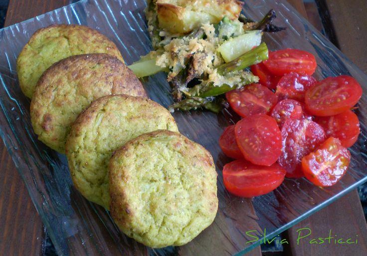 Hamburger di broccoli. Vegetariani e saporitissimi.