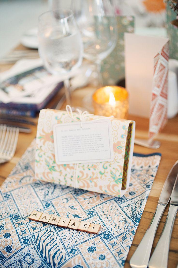Love the batik napkins :)