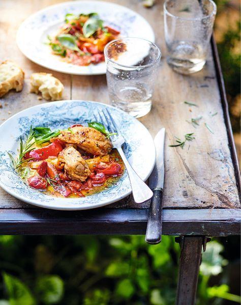 Idée Recette poulet et poivrons à la romaine : un plat familial et convivial qui s'accompagne de légumes du soleil : miam c'est un plat parfait pour l'été !