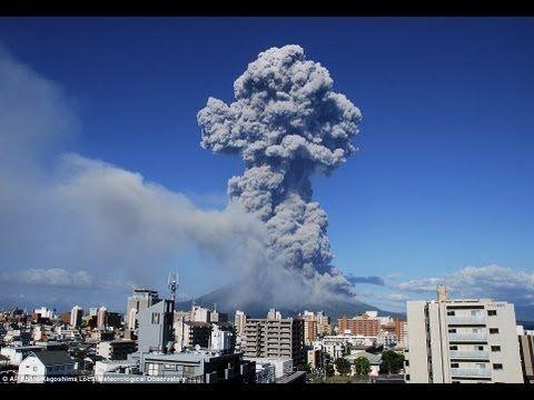 Japan Volcano Erupts Blasting Ash 5 km into Air - http://www.fiboni.com/2013/08/japan-volcano-erupts-blasting-ash-5-km-into-air/