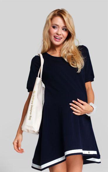 Moderna, girlish, rochia tunica Lala este alegerea naturala pentru cand acele zile in care vrei sa stralucesti dar nu vrei sa aloci mult timp alegerii tinutei. #mamaboutique #maternitywear #maternitychic #dress #fashion