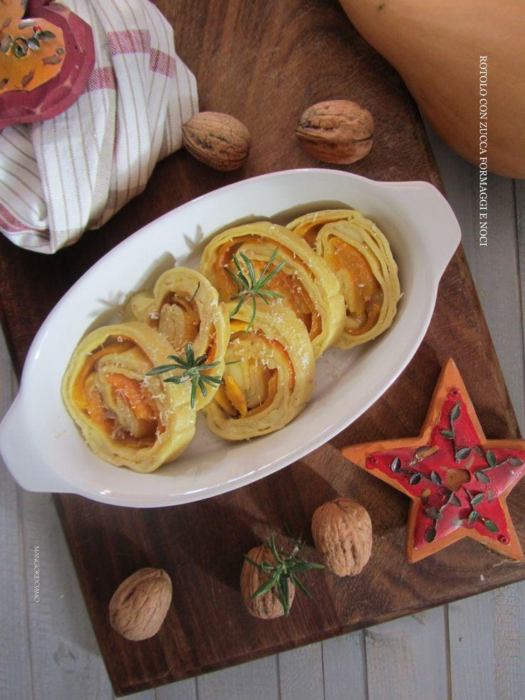 Un'idea sfiziosa da aggiungere al vostro Menù di Natale:il Rotolo con zucca formaggi e noci è un primo piatto al forno e vegetariano.