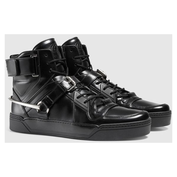 Gucci Leather Sneaker With Horsebit ($480) ❤ liked on Polyvore featuring men's fashion, men's shoes, men's sneakers, mens black leather sneakers, mens black velcro shoes, mens black shoes, mens black sneakers and mens velcro shoes