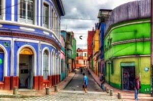 Rue typique du quartier de La Candelaria, Bogota, Colombie