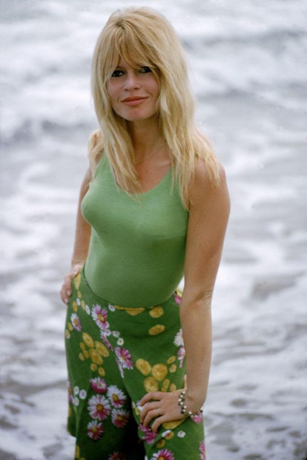 Brigitte Bardot by Ghislain Dussart. 60s summer style ...