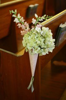 Flower idea for church.  This is pretty and simple