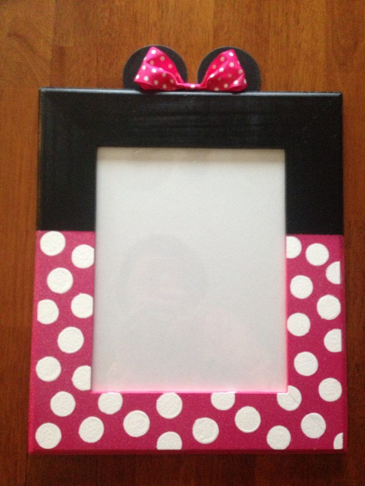 Minnie Mouse Picture Frame by ASTAcrafts on Etsy https://www.etsy.com/listing/218261003/minnie-mouse-picture-frame