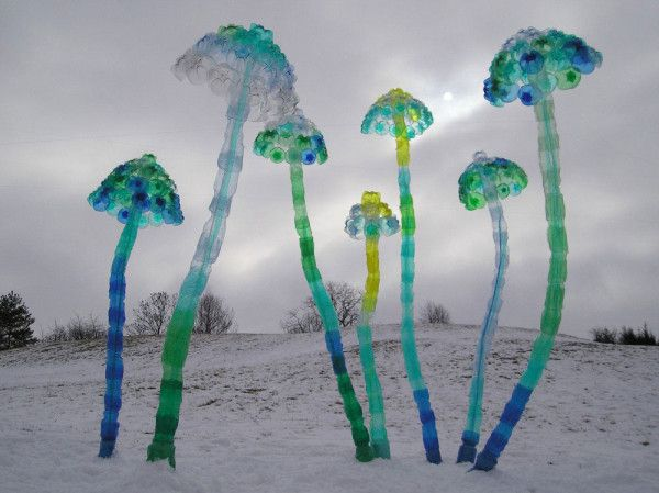 Sculptures Made from Repurposed PET Plastic Bottles by Veronika Richterová