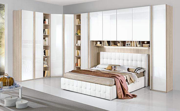 Se stai cercando una camera spaziosa ed elegante Nettuno in olmo naturale/bianco laccato è la soluzione adatta a te.