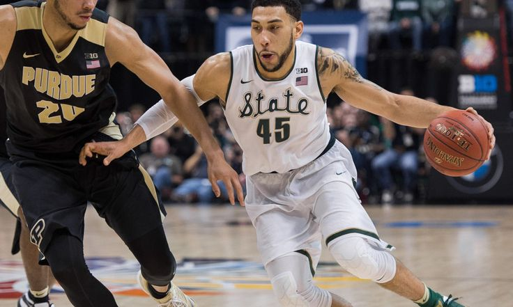 Denzel Valentine to miss two weeks with sprained ankle = K.C. Johnson of the Chicago Tribune reported Tuesday that Bulls rookie swingman Denzel Valentine will miss two weeks with a sprained left ankle. Valentine suffered the injury in the third quarter of Monday night's.....