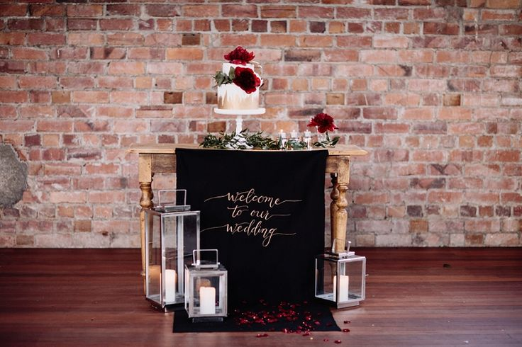 Red & Gold Festive Wedding Inspiration That Will Inspire Any Event!