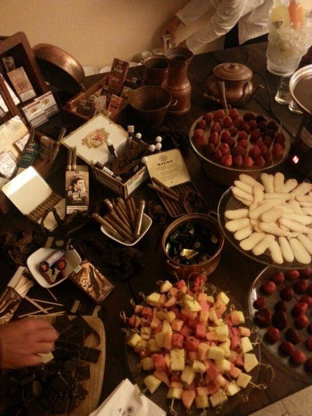 Novità party: angolo Hemingwuay. Eccellenza di riserve speciali, sigari e tanto cioccolato