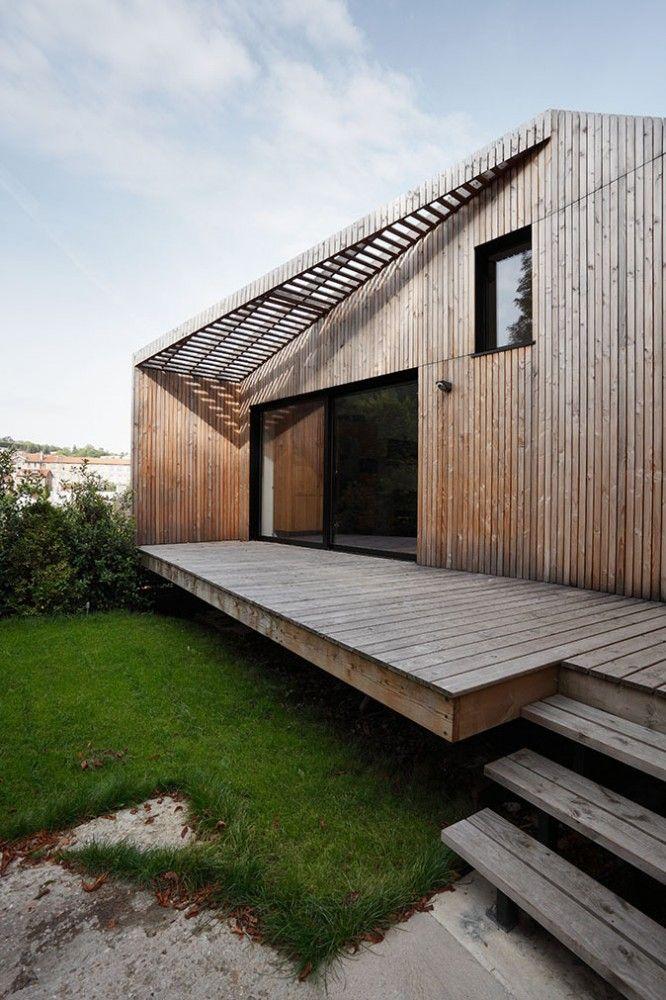 Wooden house Casa di legno Extension+to+a+House+in+Meudon+/+CUT+Architectures Wood volume Architettura esterni casa di legno