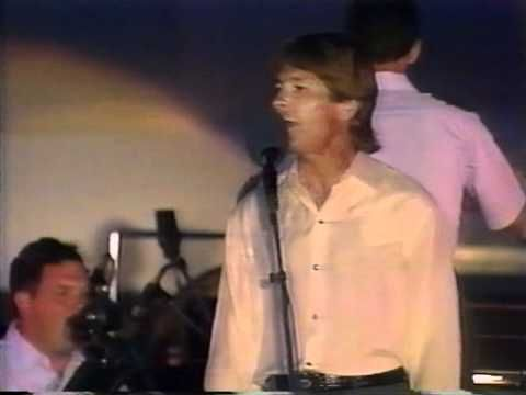 VIDEO: This Rarely Seen Footage Of John Denver Sent Chills Down My Spine | Trend Feed