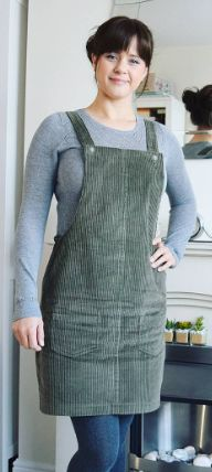 Alise's Cleo dungaree dress - sewing pattern by Tilly and the Buttons