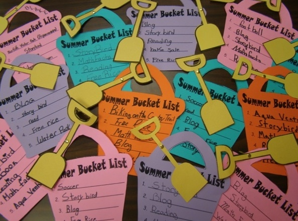Summer Bucket List = a student reminder to weave in math and literacy skills during the summer