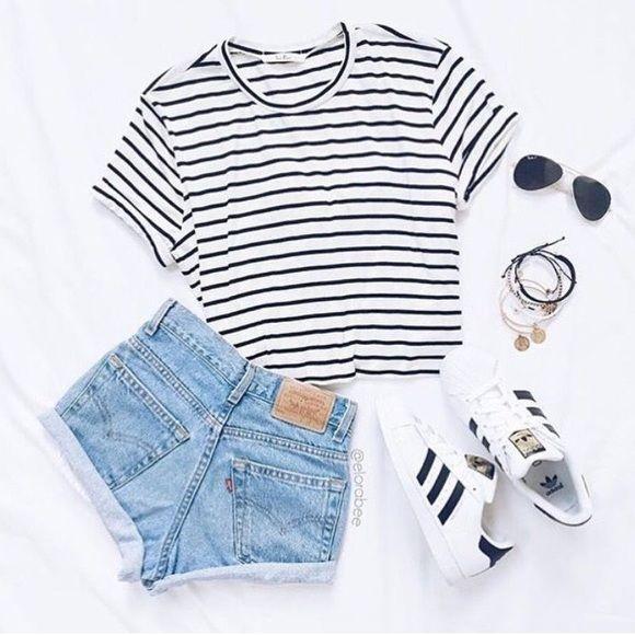 Maillot de bain : Brilliant 50+ Cute Summer Outfits Ideas For Teens www.fashiotopia.c… A wrap dr… 11