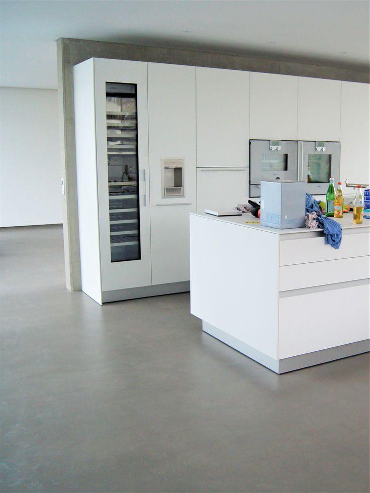 Kitchen floor,beton.Küchenboden betonoptik, by fugenlos modern.de   Küchenboden, Küche beton ...