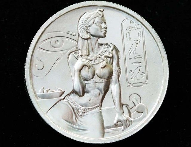 Two Ounce Silver Cleopatra High relief Silver bullion silver bullion coin, silver bullion , silver rounds , bullion 99.9% pure silver