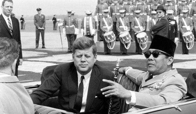 Tragis;Ditakdirkan John F. Kennedy dan Soekarno Masih Hidup,Takkan Pernah Wujud Freeport Di Papua