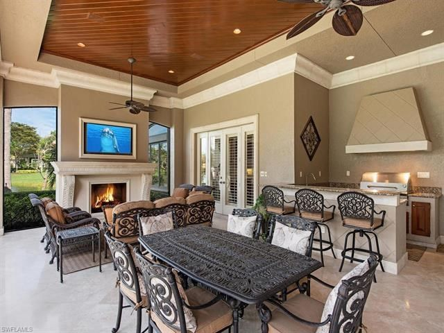 23850 Tuscany Way Bonita Springs Fl 34134 In 2020 Luxury Swimming Pools Built In Grill Lakefront Homes