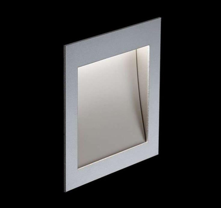 Die Nimbus Zen In M Wandeinbauleuchte zeichnet sich neben der LED.next Lichttechnik insbesondere durch ihre Materialsprache aus. Die Leuchte gehört zu der Zen Familie. Das Gehäuse aus natureloxiertem Aluminiumunter streicht in...
